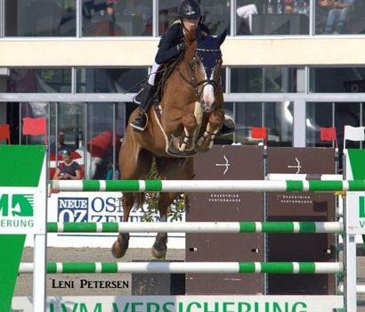 Mylen Kruse wird 2. im großen Preis der Jungen Reiter bei den Future Champions in Hagen.